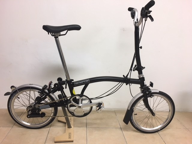 Brompton H6L All Black Folding Bike